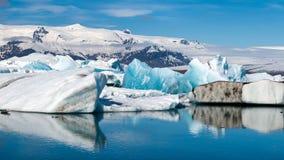在Jokulsarlon -冰岛的冰山 库存照片