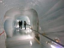 在jungfrau里面的冰川 免版税库存照片