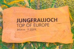 在Jungfraujoch的高山阿尔卑斯山风景 图库摄影