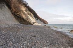 在Königstà ¼百升的Ostsee视图Nationalpark Rà ¼ gen 免版税库存图片