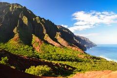 在Kalalau海滩-考艾岛,夏威夷附近的Na梵语海岸 免版税库存图片