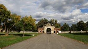 在Kalemegdan堡垒的古老门 免版税库存照片
