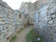 在Kalemegdan, Sahat kula的古老废墟 库存照片