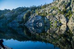 在Kangaroo湖的反射 库存照片