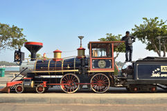 在Kankaria湖,艾哈迈达巴德戏弄火车引擎 图库摄影
