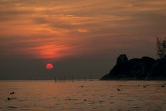 在Kaoseng海滩,宋卡,泰国的日出 免版税图库摄影