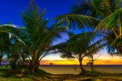 在Karon海滩普吉岛的日落 库存图片