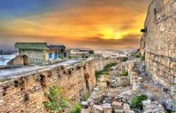 在Kasbah的墙壁,中世纪堡垒上的日落在le Kef,突尼斯 库存照片