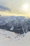 在Kasprowy Wierch峰顶的日落在扎科帕内在Tatras在冬天 图库摄影