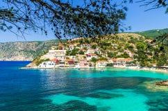 在Kefalonia海岛上的Assos在希腊 图库摄影
