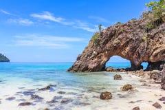 在Khai海岛的石曲拱 免版税库存照片