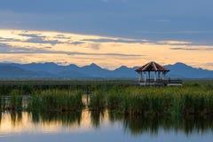 在Khao山姆Roi Yot国家公园的日落 免版税库存图片