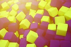在kids& x27的许多五颜六色的软性块;在操场的ballpit 库存图片
