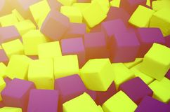 在kids& x27的许多五颜六色的软性块;在操场的ballpit 免版税库存图片