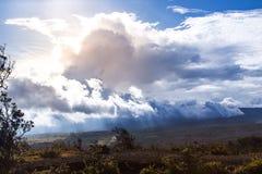 在Kilauea附近的剧烈的天空 免版税图库摄影