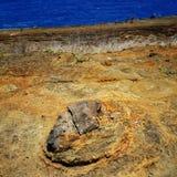 在koko火山口远足的熔岩岩石 免版税图库摄影