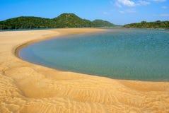 在Kosi海湾,南非的自然淡水水池 免版税库存照片