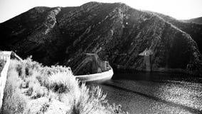 在Kouga水坝的线 免版税库存照片