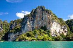 在Krabi的岩石 免版税图库摄影