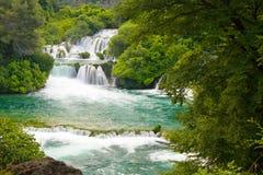 在Krka河的瀑布。国家公园,达尔马提亚,克罗地亚 免版税库存照片