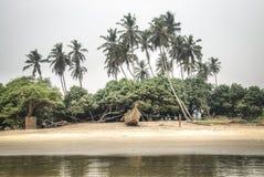 在Krokobite海滩的小船在阿克拉,加纳 图库摄影