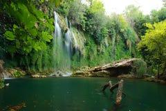 在kursunlu安塔利亚的瀑布视图 免版税库存图片
