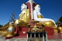 在Kyaikpun塔的四个菩萨雕象 Bago 缅甸 免版税库存图片
