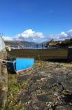 在Kyleakin港口,斯凯岛小岛的被停泊的小船  库存图片