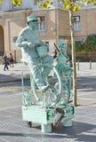 在La兰布拉,巴塞罗那,西班牙的活雕象 库存图片