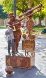 在La兰布拉,巴塞罗那,西班牙的活雕象 免版税库存图片