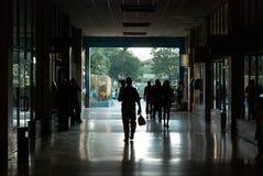 在La哈瓦那古巴的汽车站 库存图片