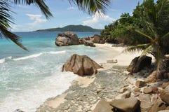在La Dique,塞舌尔群岛的热带海滩 库存图片