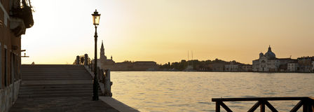 在La Giudecca的日出 免版税库存图片