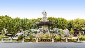 在La Rotonde的喷泉在艾克斯普罗旺斯,法国 库存照片
