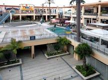 在La Zenia大道购物中心里面 西班牙 库存图片