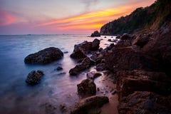 在laem chabang海岸的日落天空在chonburi东部泰国 免版税库存照片