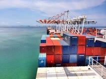 在Laem Chabang码头的容器 图库摄影