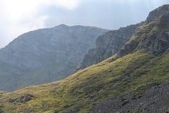 在Lago Santo附近的山断层块 图库摄影