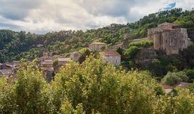 在Largentiere 15世纪城堡的看法  库存照片