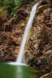 在Las米纳斯附近的El Salto瀑布在巴拿马 免版税库存图片