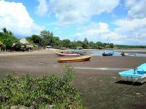 在Las Penitas的渔船使-尼加拉瓜靠岸 免版税图库摄影