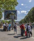 在Le环法自行车赛期间的广告牌 库存照片