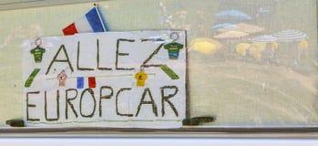 在Le环法自行车赛期间的题字 免版税图库摄影