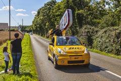 在Le环法自行车赛期间的Bic汽车 免版税库存照片