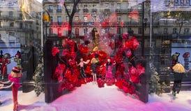在Le Printemps商店,巴黎,法国的圣诞节装饰 免版税库存图片