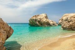 在Lefkas海岛希腊上的Kathisma海滩 免版税图库摄影