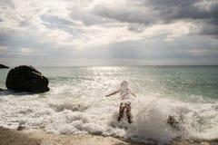 在Lefkas海岛希腊上的Kathisma海滩 免版税库存照片