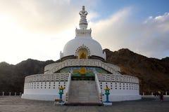 在Leh的Shanti Stupa,拉达克 免版税库存照片