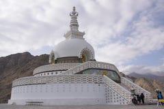 在Leh的Shanti Stupa 免版税图库摄影