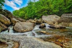 在Linville河的小瀑布 免版税图库摄影